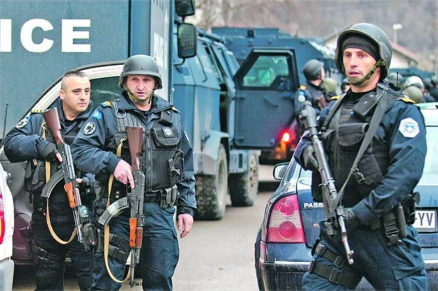 UPAD RANO UJUTRO Više od 100 specijalaca ROSU sa 25 oklopnih vozila na sjeveru Kosova i Metohije