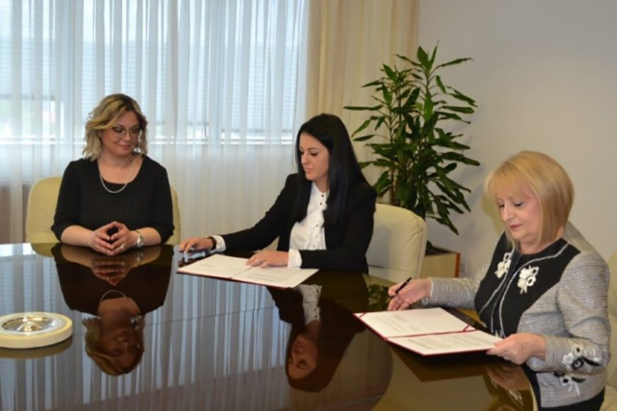 VIŠE UMRLIH NEGO ROĐENIH Srbija pomaže Srpskoj da poboljša demografsku sliku