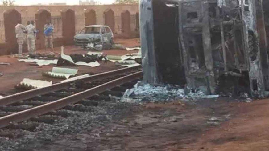 POŽAR ZAHVATIO I OBLIŽNJE KUĆE Najmanje 55 osoba POGINULO kada se zapalila cisterna
