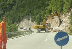 """Vozači budite na oprezu! Privremene obustave saobraćaja kod graničnog prelaza """"Hum"""""""