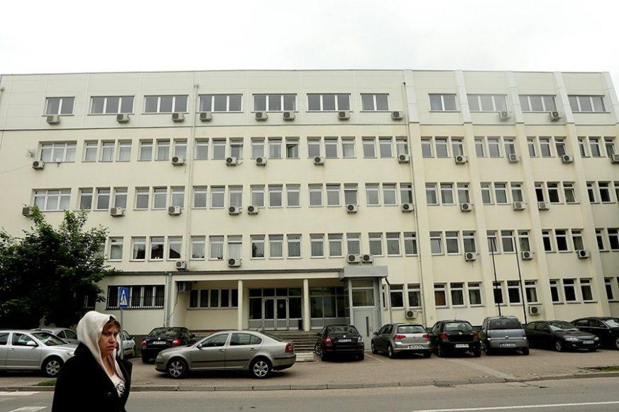 PROROK SLAGAO POLICAJCE Notar osuđen na pet mjeseci zatvora