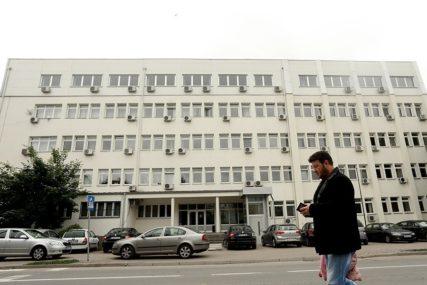 MAJKU POKUŠAO UBITI SATAROM Banjalučanin upućen na obavezno psihijatrijsko vještačenje