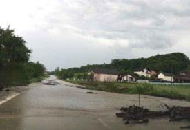 LJUDI, BUDITE NA OPREZU Zbog najavljenih obilnijih padavine moguć porasta bujičnih vodotoka