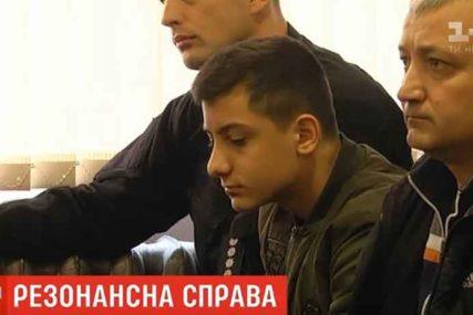 """""""IMAO JE REZ OD UVA DO UVA"""" Sin (14) tajkuna masakrirao druga zbog PORAZA u video igricama"""