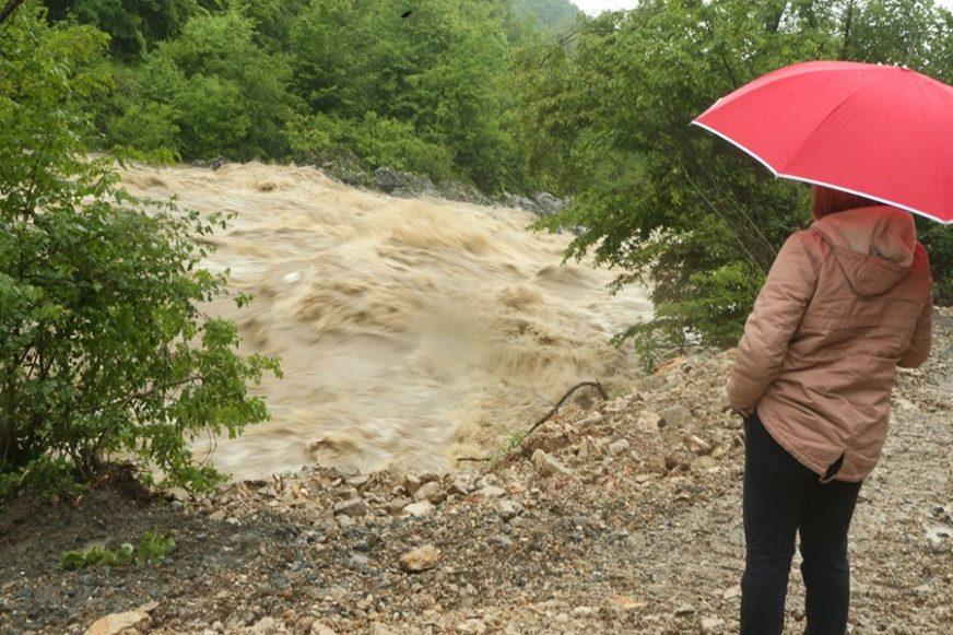 SNIJEG SE TOPI, PADAVINE NAJAVLJENE Služba civilne zaštite u Foči upozorava stanovništvo na mogućnost rasta vodotoka