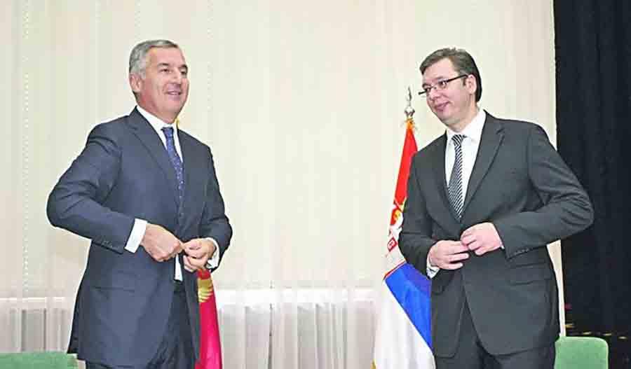 SA STILOM Vučić nosi sat od par stotina evra, Đukanovićeva kolekcija vrijedi milione (VIDEO)