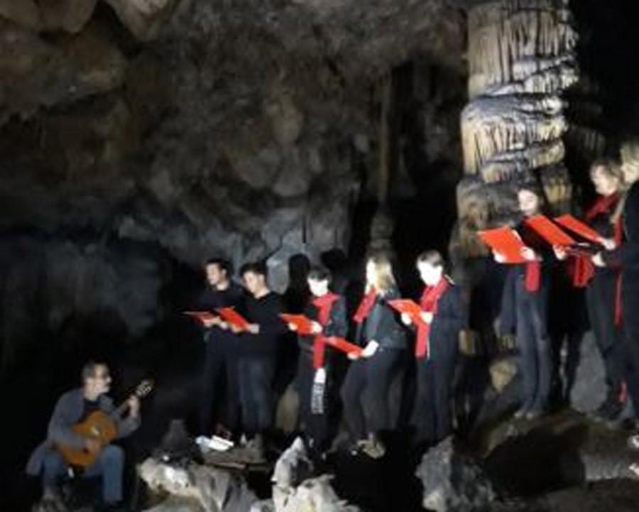 PREDIVNO Održan koncert u Vilinskoj pećini, 30 metara ispod zemlje (FOTO)