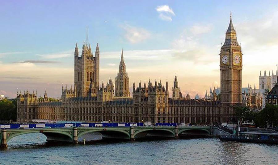NE TREBA IM NISKOKVALIFIKOVANA RADNA SNAGA Koji su uslovi za rad u Ujedinjenom Kraljevstvu