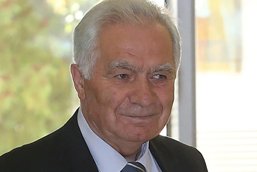 Krajišnik: Republici Srpskoj vratiti njene neregularno otete nadležnosti