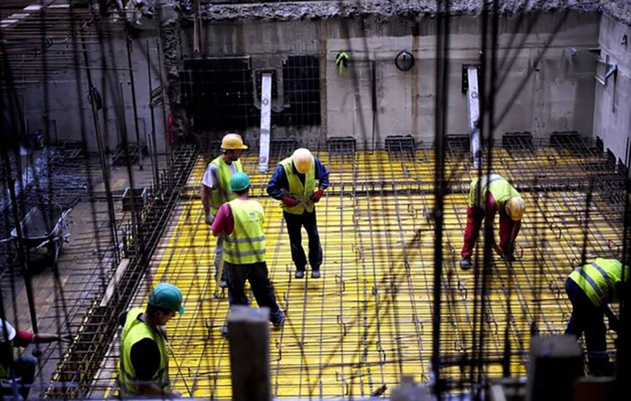 HRONIČAN PROBLEM RAZVIJENIH ZEMALJA Sve više radnih mjesta, sve manje radnika