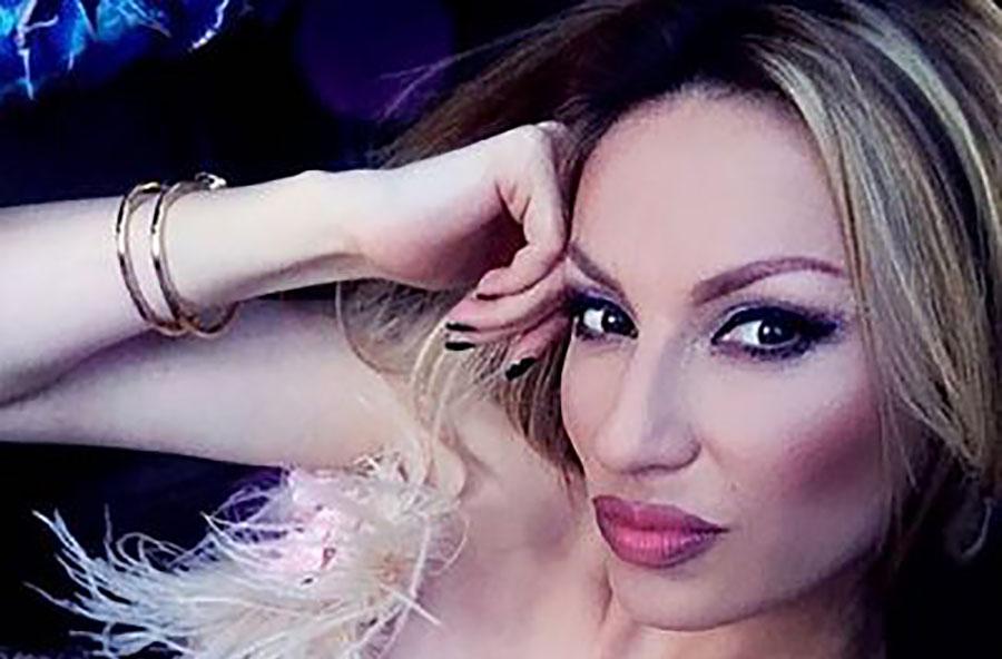 """""""SVE SAM SAMA STVORILA"""" Rada Manojlović tvrdi da nije imala jaka leđa iza sebe, a njeno prizanje o prošlosti će iznenaditi sve"""