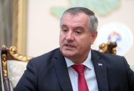 """""""NIKO NIJE ZAŠTIĆEN"""" Višković najavio nove smjene u PREDUZEĆIMA GUBITAŠIMA"""