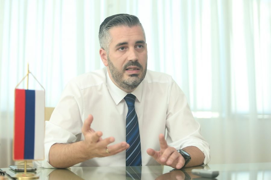 """""""BIĆEMO PRILIČNO RADIKALNI"""" Rajčević najavio obračun sa negativnim pojavama i LAŽNIM DIPLOMAMA u visokom obrazovanju"""