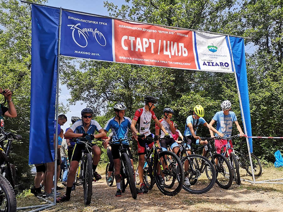 """NAJBRŽIMA """"GRUDA"""" TREBINJSKOGSIRA Održana tradicionalna biciklistička trka (FOTO)"""