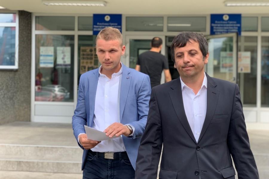 POLICIJA DOZVOLILA OKUPLJANJE, ALI NE NA TRGU Stanivuković: Da mogu poslali bi nas na Manjaču