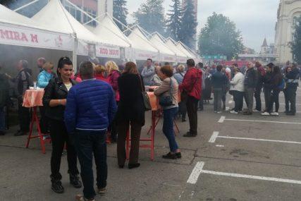 PROMOCIJA GRADA Banjalučani pokazali zašto je ćevap omiljeno jelo na ovim prostorima (FOTO)