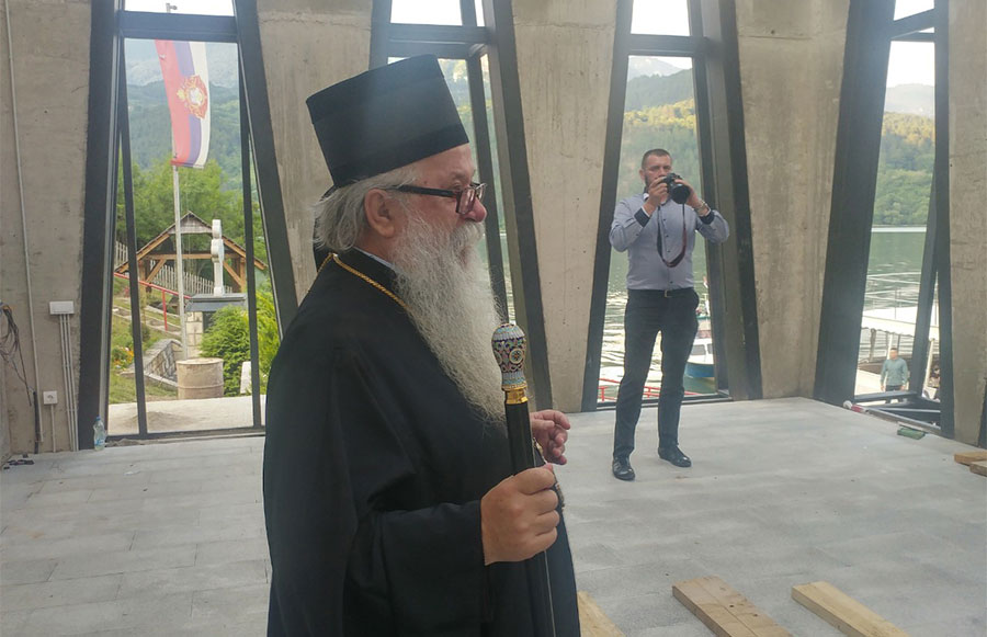 Mitropolit Hrizostom: Kanonizovati Srbe stradale u Starom Brodu