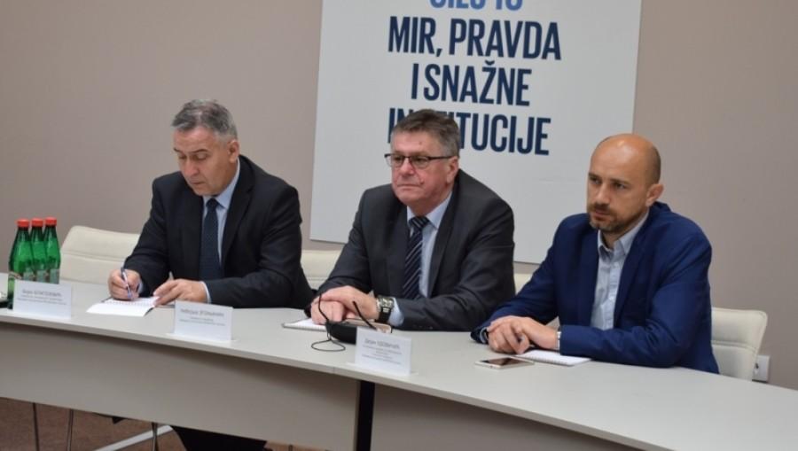 USKORO E PARLAMENT Predstavnici službi Skupštine Vojvodine i Srpske razmijenili iskustva
