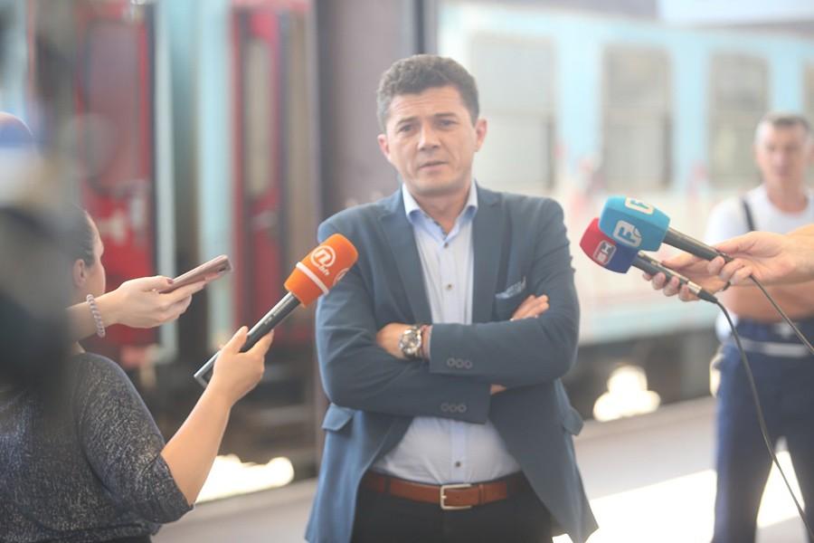 Predsjednik Konfederacije sindikata RS: Premijer da Trininića UPOZORI NA PONAŠANJE