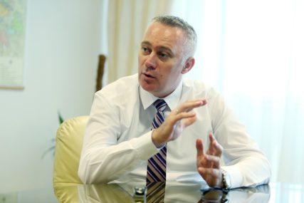 DOVOLJNE KOLIČINE BRAŠNA I PŠENICE Ministar poljoprivrede ističe da RS ima dovoljno zaliha