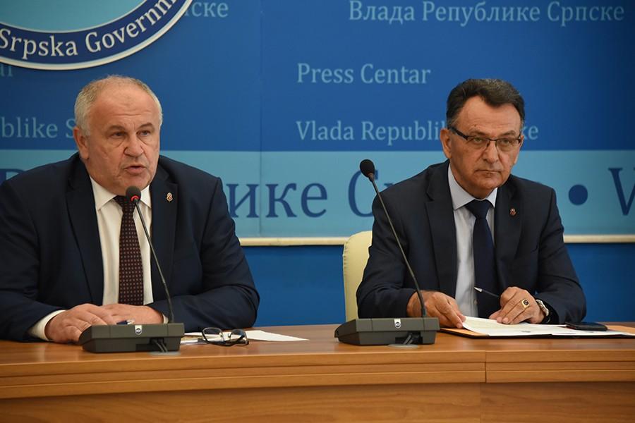 DOBRE VIJESTI ZA NAJSTARIJE Milunović najavio povećanje penzija u Srpskoj