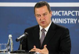 """""""OPREZNO SA PLANOVIMA ZA PUT"""" Dačić istakao da će odluka Grčke biti razmatrana"""