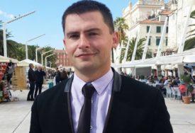 ĐOGO UNIO POMETNJU Problemi koalicije SDS i PDP u Sarajevsko-romanijskoj regiji