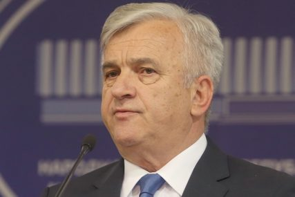 """ČUBRILOVIĆ O POSEBNOJ SJEDNICI """"Učesnici će biti maksimalno zaštićeni"""""""