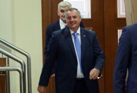 """""""BLOKADA NANOSI ŠTETU"""" Višković istakao da je Savjet ministara moguće formirati za dan ako nema uslovljavanja"""