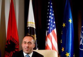PREDSTAVLJAO IZBORNI PROGRAM Haradinaj: Ići ćemo na referendum za ujedinjenje s Albanijom