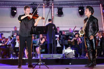 """""""HVALA DIVNOJ BANJALUCI"""" Ovo je violinista svjetskog glasa rekao za sinoćnji koncert (FOTO)"""
