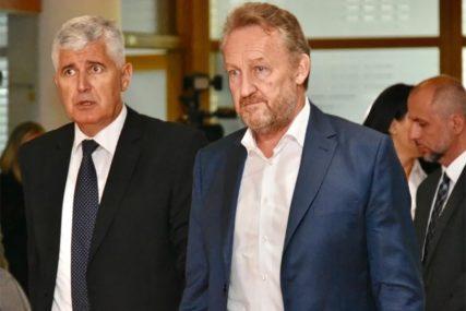 DIPLOMATSKA OFANZIVA Da li bi Čović mogao dobiti Izborni zakon po svojoj mjeri i ko mu u tome pomaže