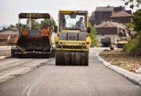 Za asfaltiranje makadamskih ulica u Banjaluci više od pola miliona maraka