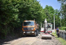 Zbog asfaltiranja lokalnog puta, sutra BEZ SAOBRAĆAJA u dijelu naselja Kuljani