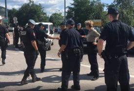Pronađeno 35 ilegalnih migranata, tvrdili da ih je hrvatska policija vratila na teritoriju BiH