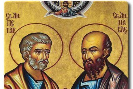 POMEN NA STRADANJE PETRA I PAVLA Pravoslavni vjernici proslavljaju Petrovdan, a OVO SU OBIČAJI