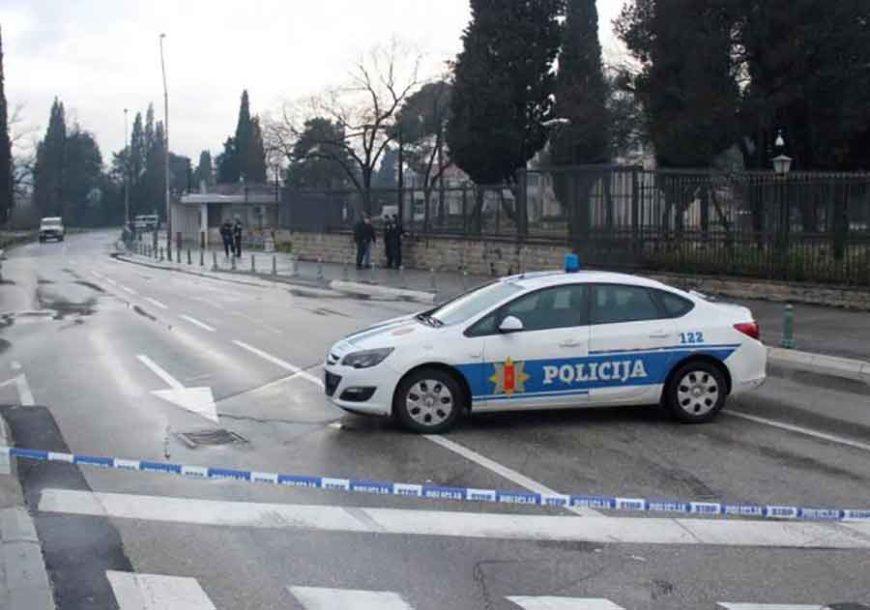 RAFALI IZ PIŠTOLJA Muškarac upucan u centru grada dok je bio na motoru, policija BLOKIRALA KVART
