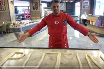 """""""ŽELIO BIH LIČNO DA JE URUČIM"""" Turski kuvar pravi Putinu tortu u obliku rakete"""