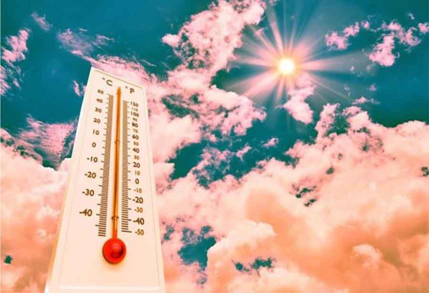 GORI TLO POD NOGAMA Toplotni talas ponovo zahvatio Evropu, Francuzi se KUVAJU na preko 40 stepeni