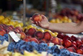 POVEĆAN SADRŽAJ PESTICIDA U Srpsku zabranjen uvoz 17,7 tona u  breskvi iz Turske
