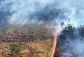 UPOZORENJE STRUČNJAKA Slaba kiša u Amazonji neće biti dovoljna da ugasi vatru