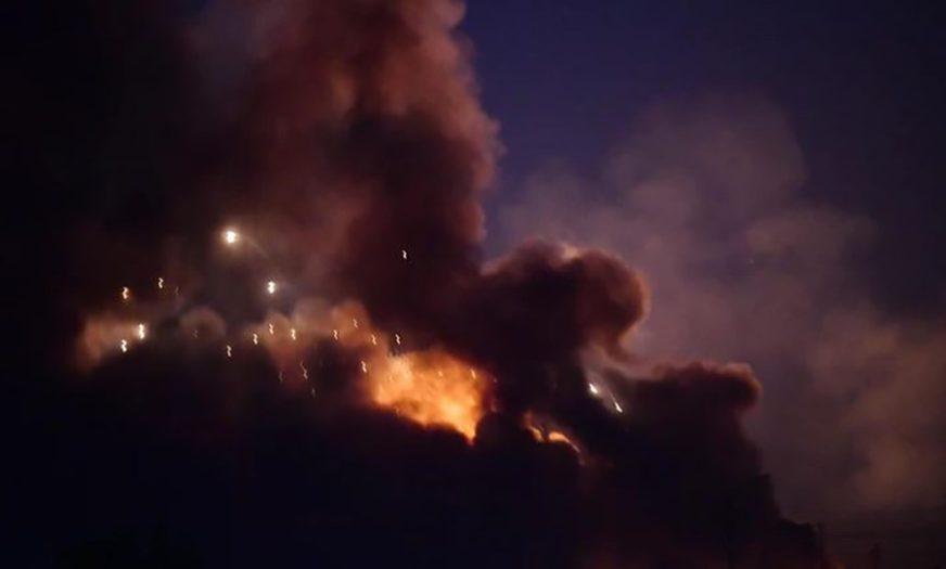 HAOS U BAGDADU Ubijeno 11 osoba u novom sukobu demonstranata i policije, uveden POLICIJSKI ČAS
