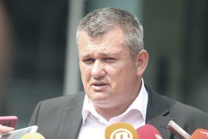 """""""MIGRANTI I DALJE PROVALJUJU U KUĆE"""" Načelnik Bosanskog Petrovca upozorava na učestale incidente"""
