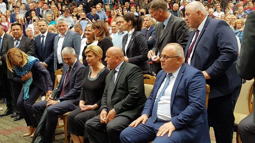 PRIVATNA, A NE POLITIČKA POSJETA Grabar-Kitarović u Tesliću sastala se sa kardinalom Puljićem (FOTO)