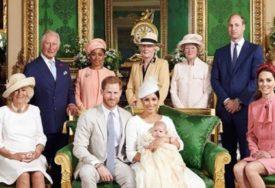 U STILU PORODIČNOG ČOVJEKA Snima se animirana serija o britanskoj kraljevskoj porodici (FOTO)