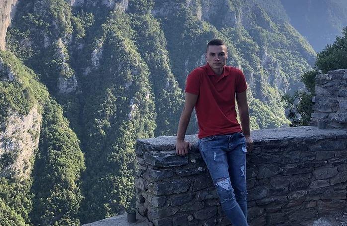 """""""KUPIO SAM MU BIJELI SANDUK"""" Potresna ispovijest oca mladića koji se utopio u Grčkoj"""
