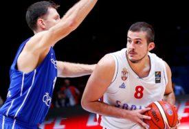 GLAVNI KANDIDATI ZA ZLATO Drugu sedmicu za redom košarkaši Srbije na vrhu liste favorita