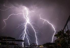 Oluja se sprema: Izdato upozorenje na nevrijeme na istoku Srbije