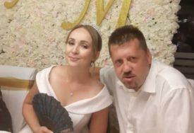 NA VJENČANJU AVION, KONJI, KOČIJE Bivši bokser iz Brčkog oženio se TREĆI PUT (VIDEO)