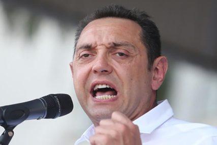 """VULIN ODGOVORIO NA HARADINAJEVE PROVOKACIJE """"Evropa ćuti na prijetnje Velikom Albanijom"""""""